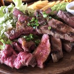 肉バル アンカーグラウンド - 黒毛和牛ステーキ、牛タン