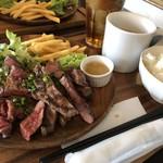 肉バル アンカーグラウンド - 黒毛和牛ステーキ定食、牛タン