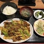 焼肉 盛楽 - 日替りランチ@550円(回鍋肉)