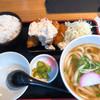うどん居酒屋 江戸堀 - 料理写真:カキフライセット