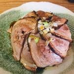 100290583 - 直火焼豚飯:350円(税込)