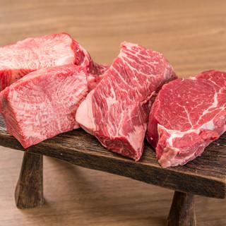 鮮度の良い肉を、豪快な厚切りでご提供いたします!