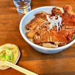 できる! - 料理写真:豚丼並 750円
