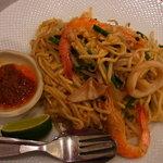 シンガポール海南鶏飯 - Friedホッケンミー(炒福建麺)