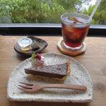 小さな宿&レストラン しいの木やま - コーヒーとチョコの組み合わせはベスト