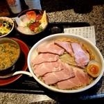 100308129 - 「濃厚魚介つけ麺ランチ(麺量500g)+「肉増し」+「ミニ海鮮丼に変更」」