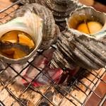 炉端屋 がぶり - 付き出し サザエ壷焼き