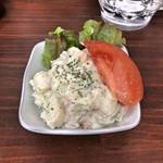 立ち呑み 粋 - 手作りポテトサラダ