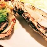 100318575 - 牡蠣料理5種盛り合わせ