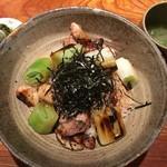 100322939 - 淡海地鶏焼鳥丼