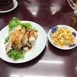 満洲園 - ビールセットの冷菜は蒸し鶏