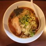 けん太 - 野菜ラーメン(750円、真上から)