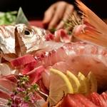和食と個室 みや本 - 【本日のお造り3点盛り】甘鯛