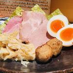 つけ麺 道 - トッピングは別皿提供!