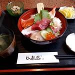照寿し - 料理写真:海鮮丼(1000円)