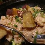 魚と和牛の個室居酒屋 魚縁 - 炊き込みご飯にさつまいも。良い。