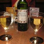 ロビンフッド - ワインで乾杯!