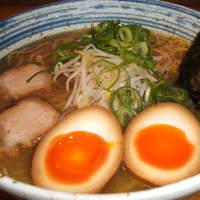 麺屋 一 - 味玉らー麺