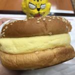 ドムドムハンバーガー - 自家製厚焼きたまごバーガー280円(税込)
