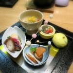 奥州秋保温泉 蘭亭 - 祝い彩り:福白子豆腐 花蓮根 天鮃昆締め などお正月らしいものいろいろ