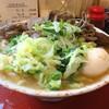 吉田のうどん さくら - 料理写真:肉うどん(中)+半熟玉子