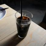 アズマネ倉庫 - アイスコーヒー
