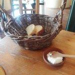 テオドーラ - 自家製パン
