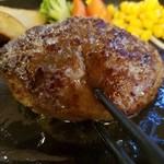 100363007 - 箸を入れると肉汁が♪
