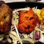 アジアンキッチンからうま - からうまセットのスペアリブ、チキンティッカ、タンドリー海老