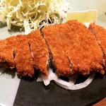 100367847 - ロースカツ定食