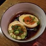 沖縄美食BAR うみんちゅぬ やまんちゅぬ - 煮たまご 100円