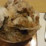 茶寮 ぎょくえん - かき氷 黒蜜金時+白玉