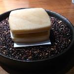 レストラン・カワサキ - 黒米 サツマイモ