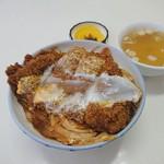 アベック食堂 - 料理写真:カツ丼 800円