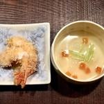 100372368 - エビフライと手作り豆腐
