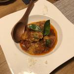 COMFORT - 鶏のトマト煮込み¥550