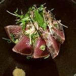 100399050 - 名物 本鰹のタタキ丼のアップ