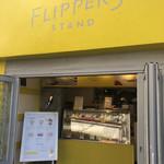 FLIPPER'S STAND -