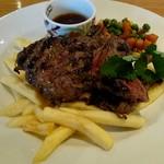 ARIA. C - 料理写真:ハラミステーキ