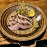100411675 - 太刀魚・焼き霜お造り 900円