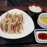 リンガーハット - かち餃子定食ご飯大盛り