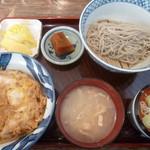 森田家 - 料理写真:'19/01/20 おやこ丼もり(税込800円)十割(税込250円)