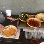 ホテルセイリュウ - ローストポーク、ハム、サラダ