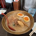 100432203 - 北海道味噌らーめん麺硬め、味玉、半ライス