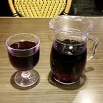サイゼリヤ - フレッシュワイン500ml:399円