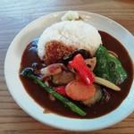 100433768 - 野菜カレーライス(800円)