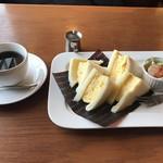 カフェ サンタマリア プラス -