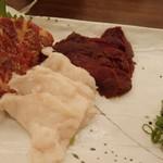 博多もつ鍋と個室 永山本店  - 馬刺しの三点盛り