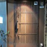 バラック - 入口ドア