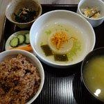あらかい健康市場 - 料理写真:日替わり玄米定食